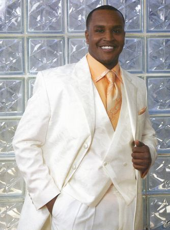 Falcone Mens Cream Rolls Vested Fashion Tuxedo 1548-006 IS - click to enlarge