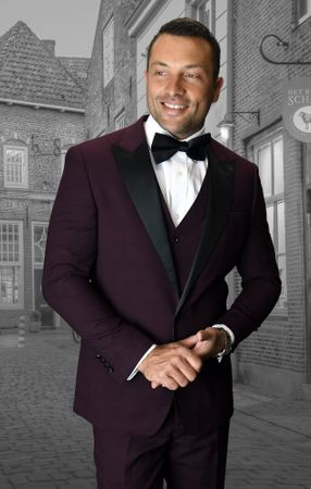 Statement Mens Fashion Tuxedo Burgundy Black Window Pane Modern Fit Alberto