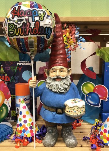 Happy Birthday Gnome w/Balloon! - Click to enlarge