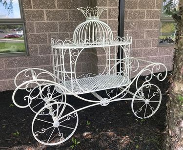 Cinderella Carriage Plant Stand - Antique White - Click to enlarge