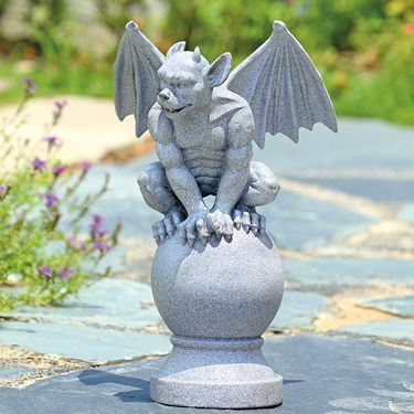 Classic Gargoyle Sculpture - Click to enlarge