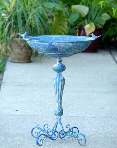 Classic Pedestal Bird Bath - Blue - Click to enlarge