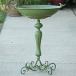 Classic Pedestal Bird Bath - Green