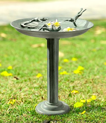 Frog Diver Trio Birdbath/Feeder - Click to enlarge
