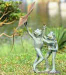 Frog Kite Flyers Garden Sculpture