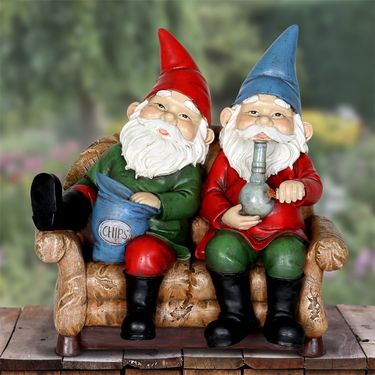 Gnomes Smoking Pot - Battery w/Timer - Click to enlarge