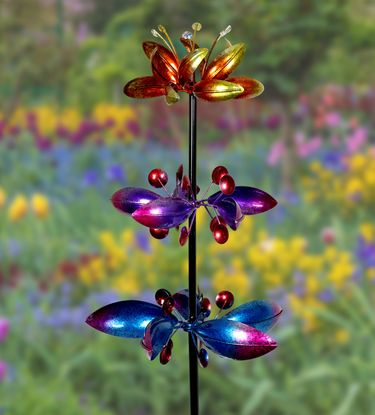 Kinetic Stake w/3 Metallic Flower Spinners - Click to enlarge
