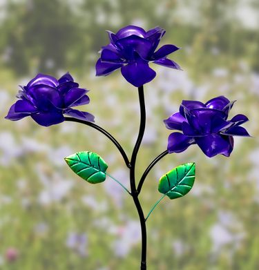 Kinetic Triple Rose Garden Stake - Purple - Click to enlarge