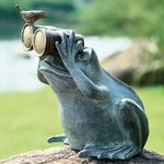 Lookout Frog Statue