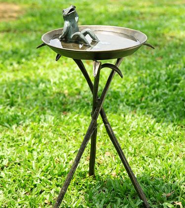 Lounging Frog Birdbath - Click to enlarge