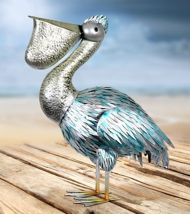 Metal Pelican Statuary - Click to enlarge