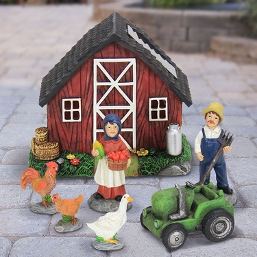 Solar Miniature Farmhouse Kit (7pc) - Click to enlarge