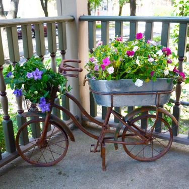 Rustic Bike w/ Galvanized Bucket - Click to enlarge