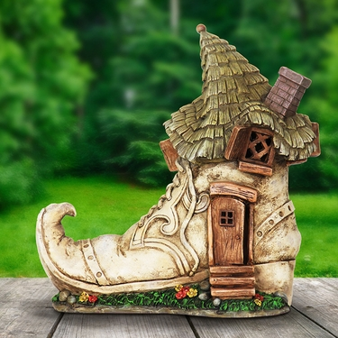 Solar Fairytale Shoe House - Click to enlarge