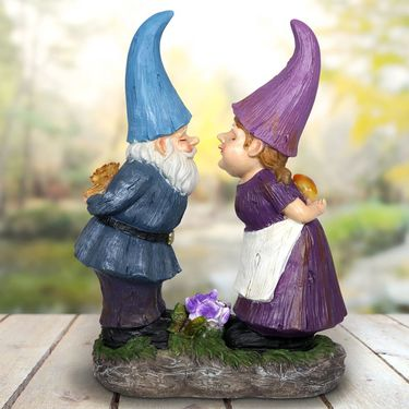 Solar Kissing Gnomes - Click to enlarge