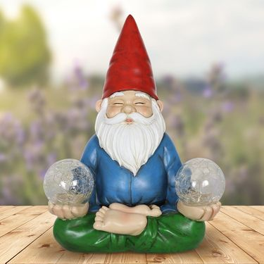 Solar Meditating Yoga Gnome - Click to enlarge