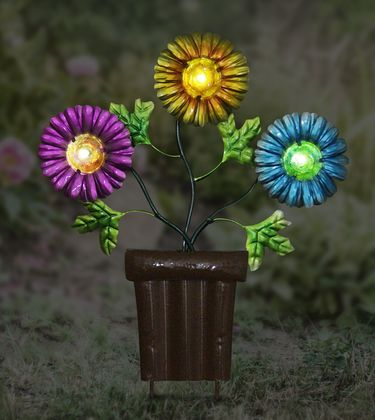 Solar Metal Flowers in Pot Stake - Click to enlarge