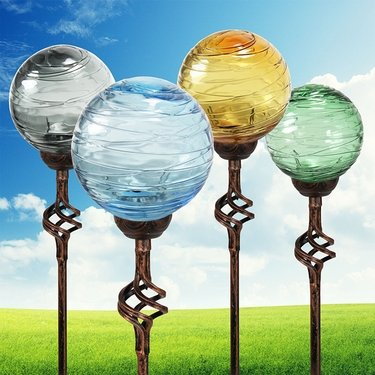 Beau Solar Glass Orb Finial Stakes (Set Of 4)