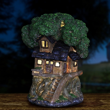 Solar Tree House - Shingle Roof - Click to enlarge