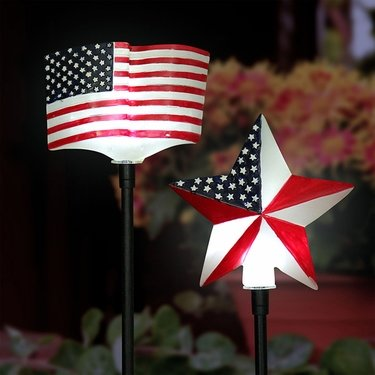 Solar USA Star & Flag Garden Stakes (Set of 2) - Click to enlarge