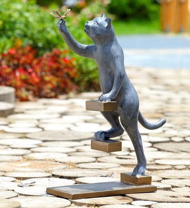 Step by Step Cat Garden Sculpture - Click to enlarge