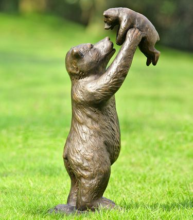 Unbearably Cute Bears Statue - Click to enlarge