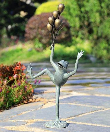 Uplifting Balloon Frog Sculpture - Click to enlarge