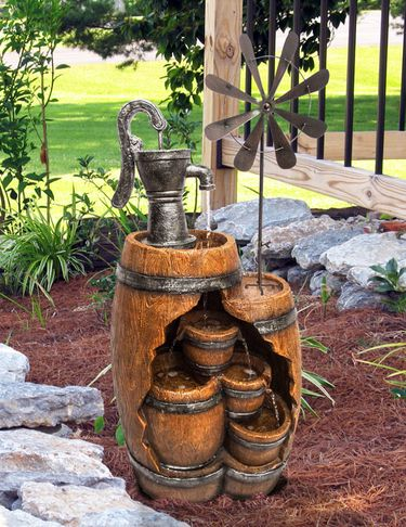 Vintage Barrel Pump Fountain w/Windmill - Click to enlarge