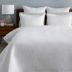 Briley Bedding Set
