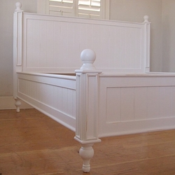 Bungalow Beadboard Bed