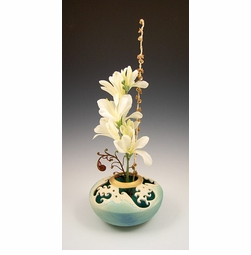 Ceramic Wave Ikebana Vase