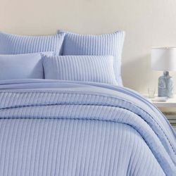 Comfy Cotton French Blue Quilt *New