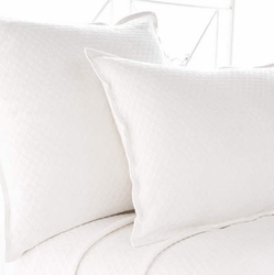 Diamond Matelasse Sham in White
