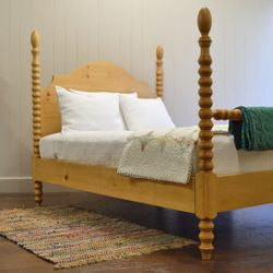 French Farm Spindle Bed