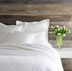 Hardwood White Matelasse Coverlet