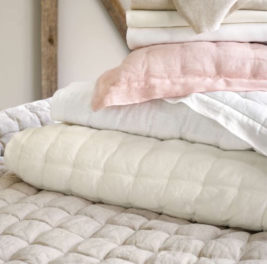Lush Linen White Puff Quilt Cottage Amp Bungalow