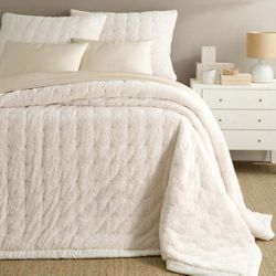 Marshmallow Fleece Ivory Fleece Quilt  15% Off