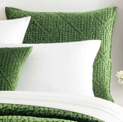 Parisienne Velvet Evergreen Sham