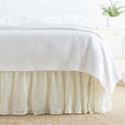 Savannah Linen Gauze Bed Skirt - Ivory