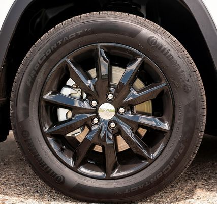 "18"" Black Cherokee 10-Spoke Altitude Wheel"