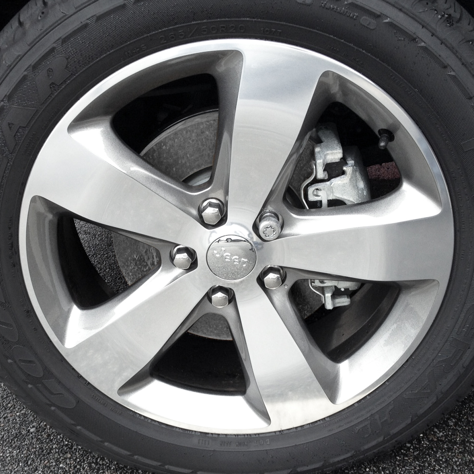 20-Inch Wheels From Jeep Grand Cherokee Overland, Item