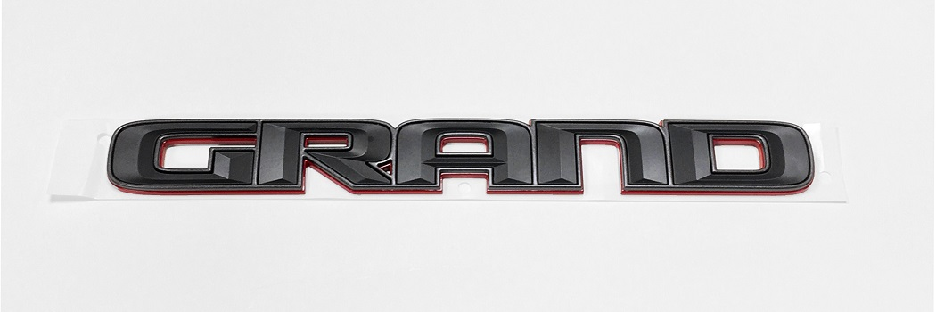 "WK2 Trailhawk Grand Cherokee ""GRAND"" Badge"