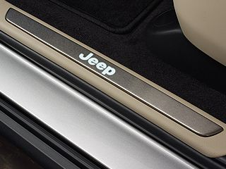 Mopar Illuminated Door Sill Guards for 2011-2020 Grand Cherokee WK2