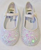 Coastal Projections Ivory Irredescent Sparkly Sequined Shoes 6 Tdlr