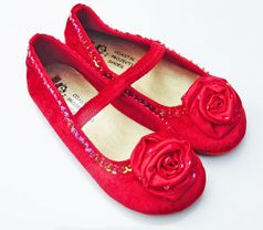 Coastal Projections Red Velvet Holiday Shoes 0 2 4 6