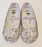 Coastal Projections Sparkly Silver Sequined Girls Shoes 0inf