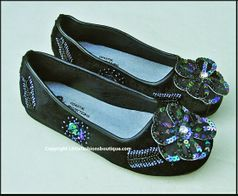Coastal Projections Stunning Black Shoes w/Sequined Flowers sz 4Yth