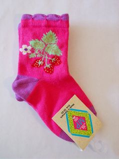MP Hot Pink Girl's Socks w/Red Strawberry 22/24 Toddler