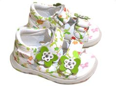 Naturino Stunning Infant Girl White Floral Sandals w/Butterfly Front 2Inf