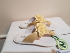 Naturino Very Special Tan Thong Sandals w/Rosette